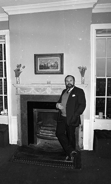 カメラ目線「David Norris at his Home」:写真・画像(12)[壁紙.com]