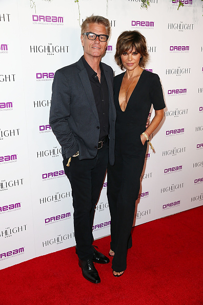 Plunging Neckline「The Grand Opening Of The Highlight Room At DREAM Hollywood」:写真・画像(7)[壁紙.com]
