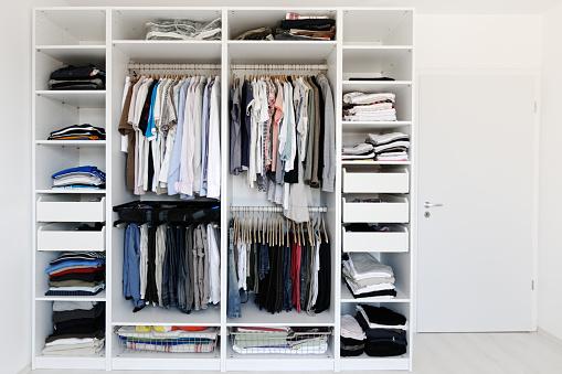 Casual Clothing「Wardrobe」:スマホ壁紙(19)