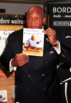 George Foreman「George Foreman Promotes New Book」:写真・画像(11)[壁紙.com]