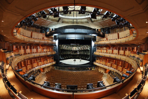 Opera「Behind The Scenes At Glyndebourne Opera As The 2013 Season Ends」:写真・画像(15)[壁紙.com]