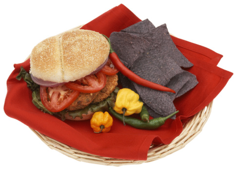 Veggie Burger「Veggie burger with peppers and chips」:スマホ壁紙(15)