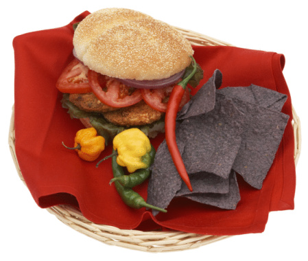 Veggie Burger「Veggie burger with peppers and chips」:スマホ壁紙(8)