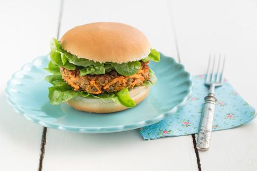 Veggie Burger「Veggie burger with lentil dumpling」:スマホ壁紙(1)