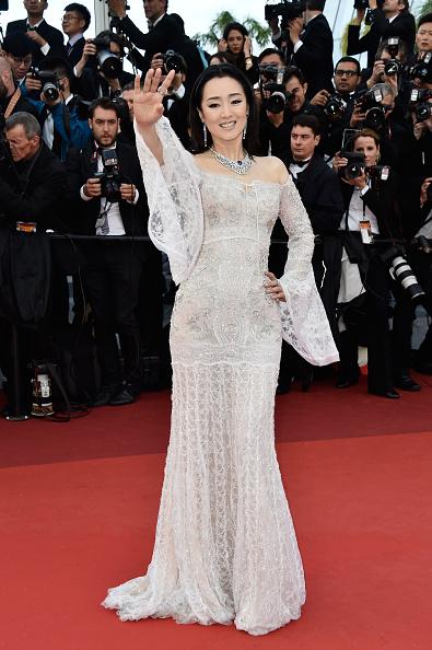 "Roberto Cavalli - Designer Label「""Cafe Society"" & Opening Gala - Red Carpet Arrivals - The 69th Annual Cannes Film Festival」:写真・画像(19)[壁紙.com]"