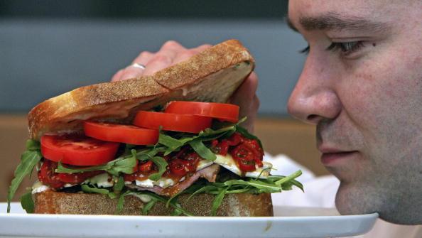 Expense「?85 Gourmet Sandwich Goes On Sale」:写真・画像(1)[壁紙.com]