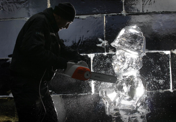Ice Sculpture「The London Ice Sculpting Festival Returns To Canary Wharf」:写真・画像(19)[壁紙.com]