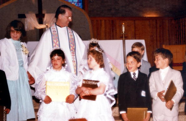 Child Abuse「Air Force MP Accuses Catholic priest of abuse 18 years ago」:写真・画像(11)[壁紙.com]