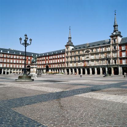 Politician「Plaza Mayor, Madrid, Spain」:スマホ壁紙(9)