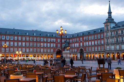 Town Square「Plaza Mayor in Madrid, Spain」:スマホ壁紙(19)