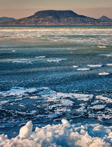 Lake Balaton「Winter landscape at Balaton sea, Hungary」:スマホ壁紙(12)