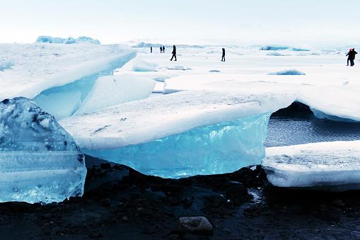 Lagoon「Frozen Jokulsarlon glacial lagoon in winter, Iceland」:スマホ壁紙(0)