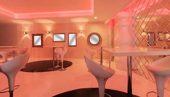 Emitting「Resort hotel night club interior」:スマホ壁紙(3)