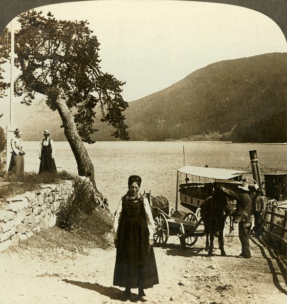 Rippled「When The Lake Steamer Calls At Tinoset Pier - View Across Tinsjo To The Hills」:写真・画像(2)[壁紙.com]
