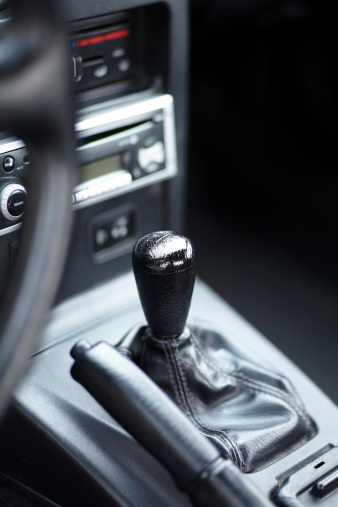 Sports Car「gearshift and hand break」:スマホ壁紙(1)