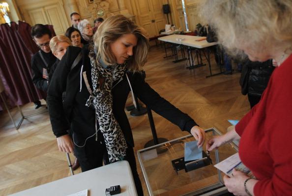 フランス「France Votes In Second Round Of Presidential Election」:写真・画像(12)[壁紙.com]