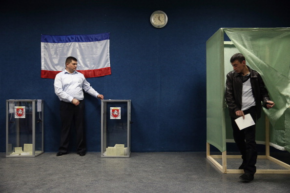Russian Military「Crimea Goes To The Polls In Crucial Referendum」:写真・画像(14)[壁紙.com]