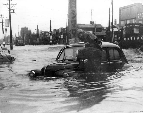 Extreme Weather「Typhoon Floods」:写真・画像(14)[壁紙.com]