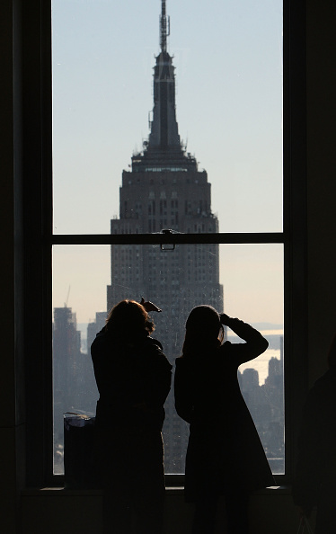 Empire State Building「New York City Surpasses Orlando As Top Tourist Destination In Country」:写真・画像(3)[壁紙.com]