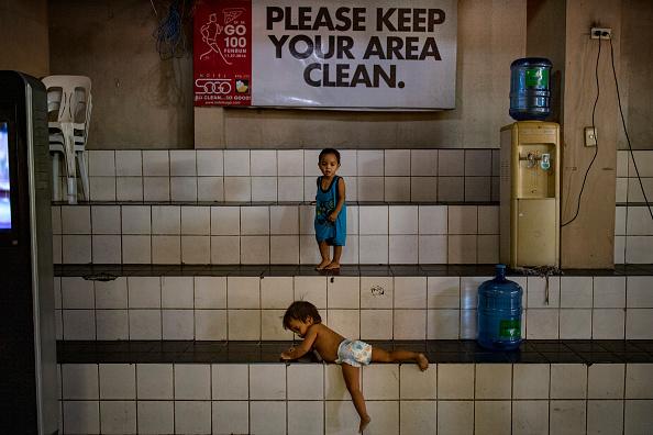 Homelessness「Northern Philippines Under Lockdown As The Coronavirus Continue To Spread」:写真・画像(10)[壁紙.com]