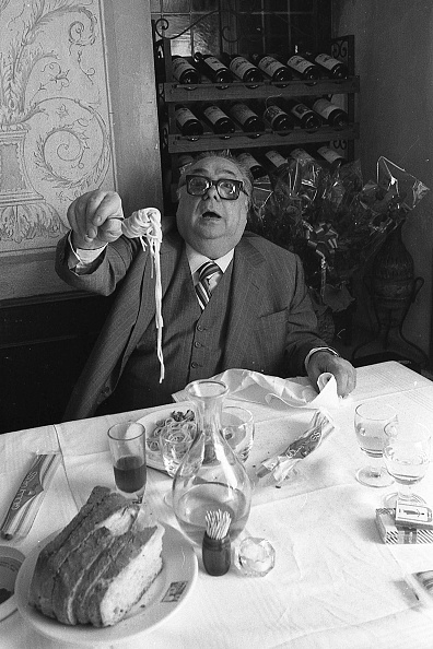 Film Industry「Actor Aldo Fabrizi while eating spaghetti at the restaurant, Rome 1975」:写真・画像(18)[壁紙.com]