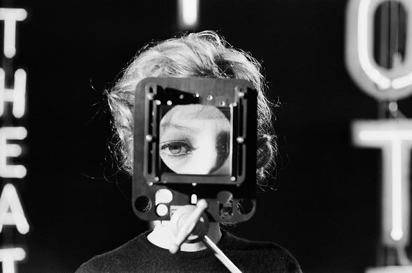 眼「Monica Vitti」:写真・画像(18)[壁紙.com]