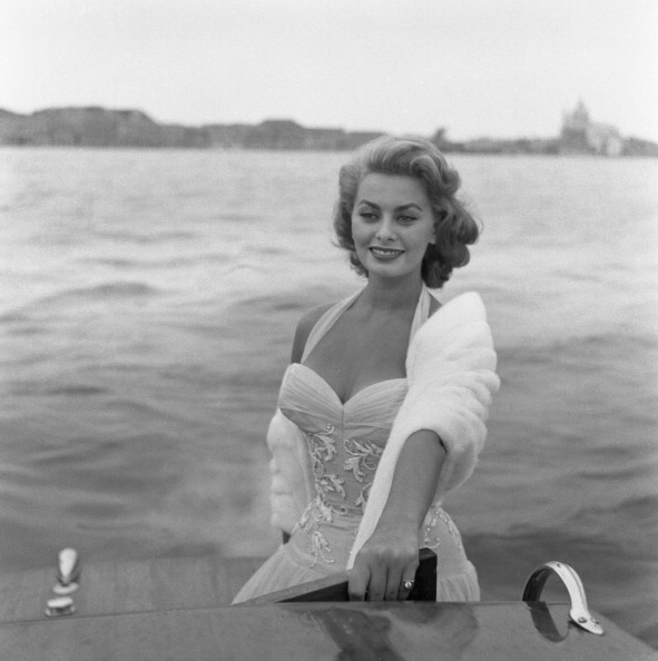 Ferry「Loren On Canal Grande」:写真・画像(19)[壁紙.com]