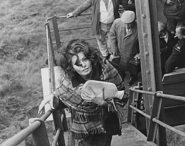Blanket「Sophia Loren Keeps Warm」:写真・画像(18)[壁紙.com]