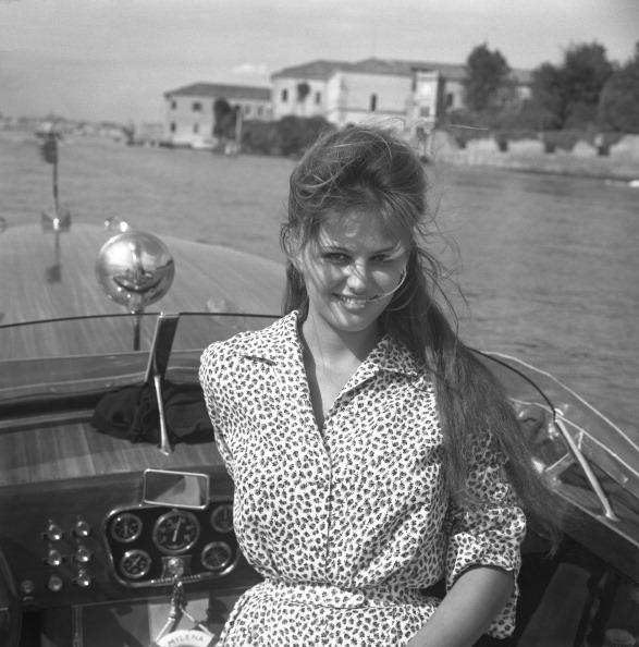 Lagoon「Portrait On A Water Taxi」:写真・画像(3)[壁紙.com]