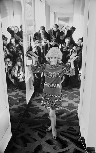 Cloth pattern「Gina Lollobrigida」:写真・画像(1)[壁紙.com]