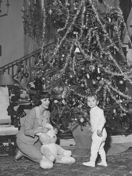 Christmas「Gina Lollobrigida And Son」:写真・画像(16)[壁紙.com]