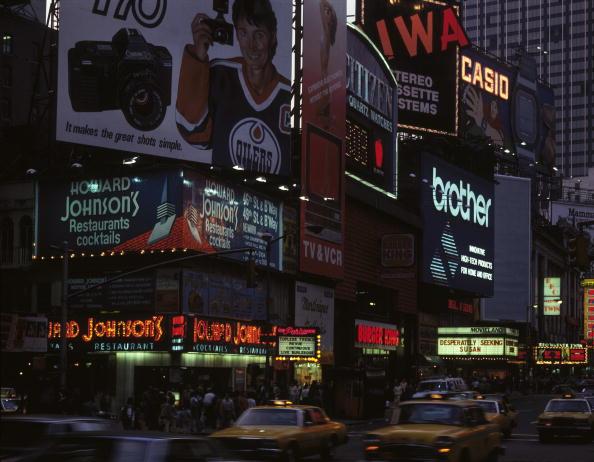 1980-1989「Times Square Neon」:写真・画像(10)[壁紙.com]