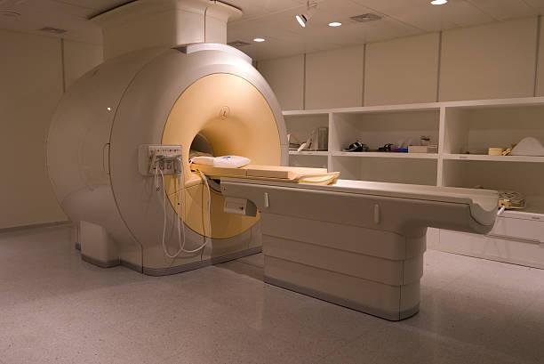 Image depicting an MRI Scanner:スマホ壁紙(壁紙.com)