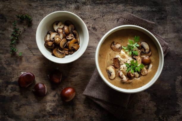 Sweet chestnut mushroom soup:スマホ壁紙(壁紙.com)