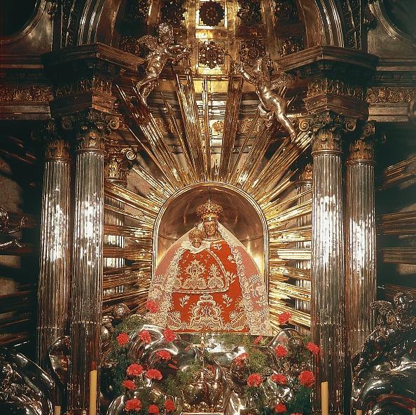 Shrine「Altar of mercy of the pilgrimage basilica in Maria」:写真・画像(16)[壁紙.com]