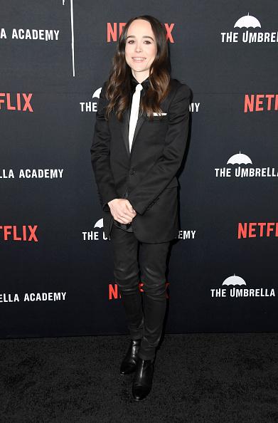"Necktie「Premiere Of Netflix's ""The Umbrella Academy"" - Arrivals」:写真・画像(11)[壁紙.com]"