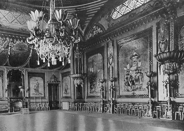 Dining Room「The Banqueting Room As It Is To-Day」:写真・画像(17)[壁紙.com]
