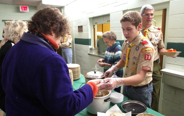 Boys「Church Program Helps Feed Needy Families And Individuals」:写真・画像(1)[壁紙.com]