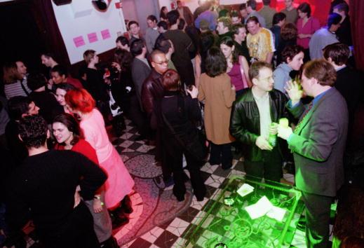 Silicon「Pink Slip Party」:写真・画像(15)[壁紙.com]