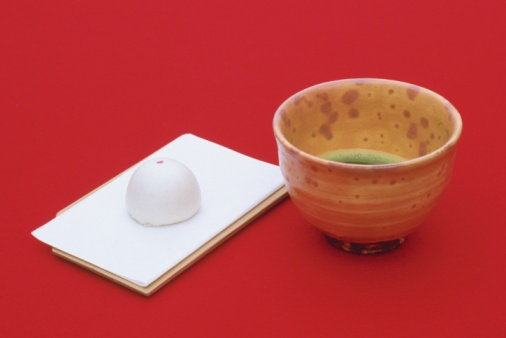 Wagashi「A cup of Japanese tea and sweets on a plate, Close Up, High Angle View」:スマホ壁紙(14)