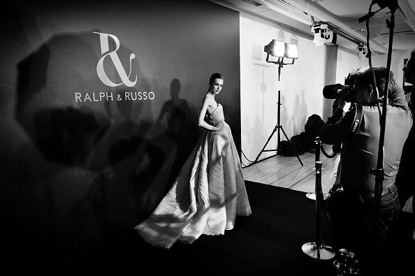 Ralph and Russo「Ralph & Russo : Alternative Views - Paris Fashion Week - Haute Couture Spring Summer 2016」:写真・画像(13)[壁紙.com]