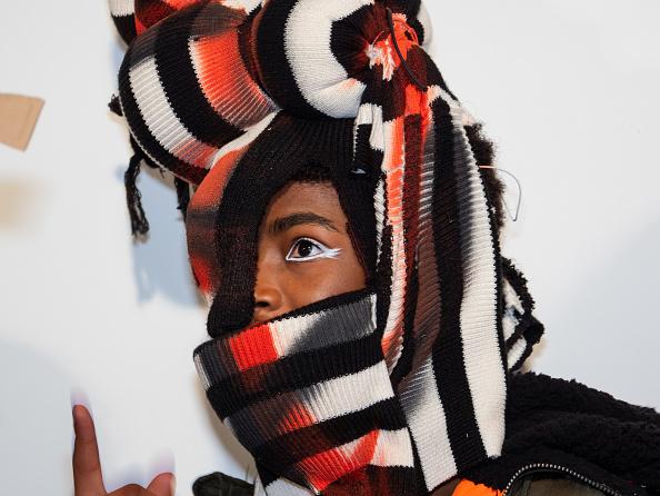 ロンドンファッションウィーク「Backstage at London Fashion Week」:写真・画像(16)[壁紙.com]