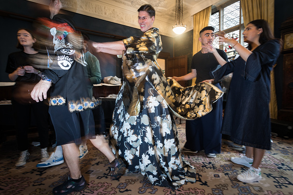 London Fashion Week「Edward Crutchley - Backstage - LFWM June 2017」:写真・画像(0)[壁紙.com]