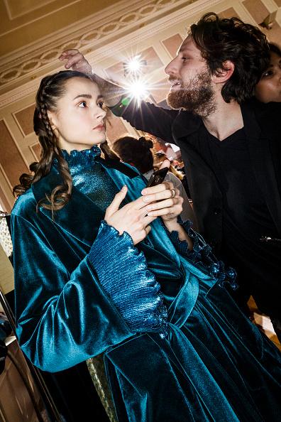 Tristan Fewings「Luisa Beccaria Backstage Alternative Views - Milan Fashion Week Fall/Winter 2016/17」:写真・画像(5)[壁紙.com]