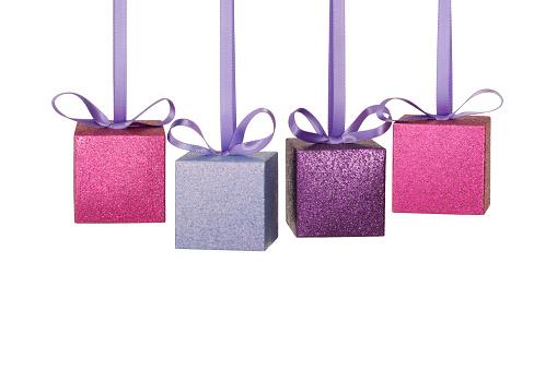 プレゼント「4 つのギフトボックス空白の光輝く宝石」:スマホ壁紙(14)