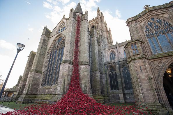 トップランキング「The Poppies open at Hereford Cathedral 2018」:写真・画像(2)[壁紙.com]