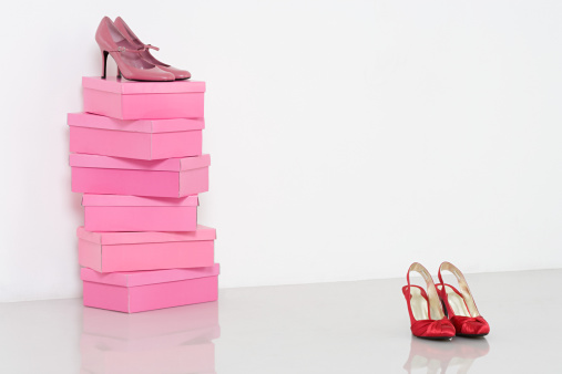 High Heels「Shoes and shoebox」:スマホ壁紙(14)