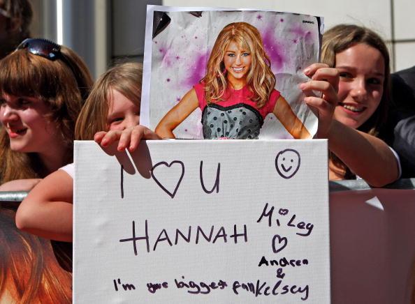 Waiting「'Hannah Montana: The Movie' - Munich Premiere」:写真・画像(18)[壁紙.com]