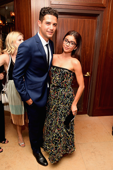 Multi Colored Dress「Entertainment Weekly And L'Oreal Paris Hosts The 2018 Pre-Emmy Party - Inside」:写真・画像(4)[壁紙.com]