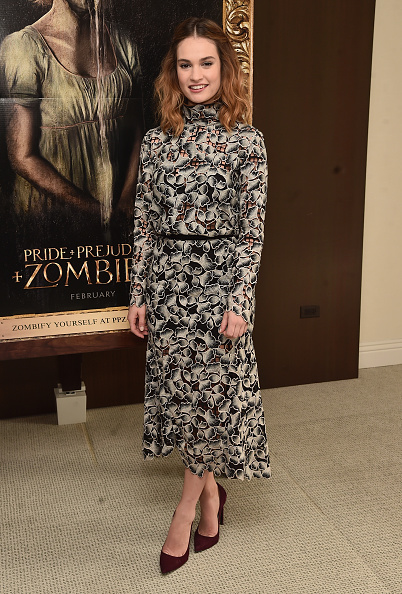 "Lily James「Screen Gems' ""Pride And Prejudice And Zombies"" - Photo Call」:写真・画像(17)[壁紙.com]"